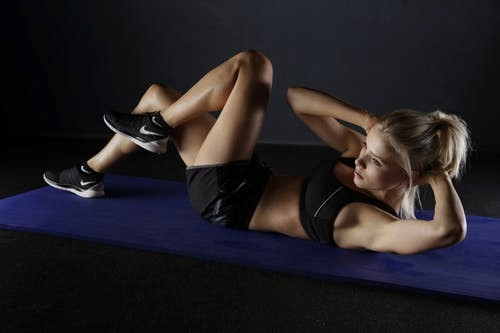 sit-ups cause miscarriage in early pregnancy
