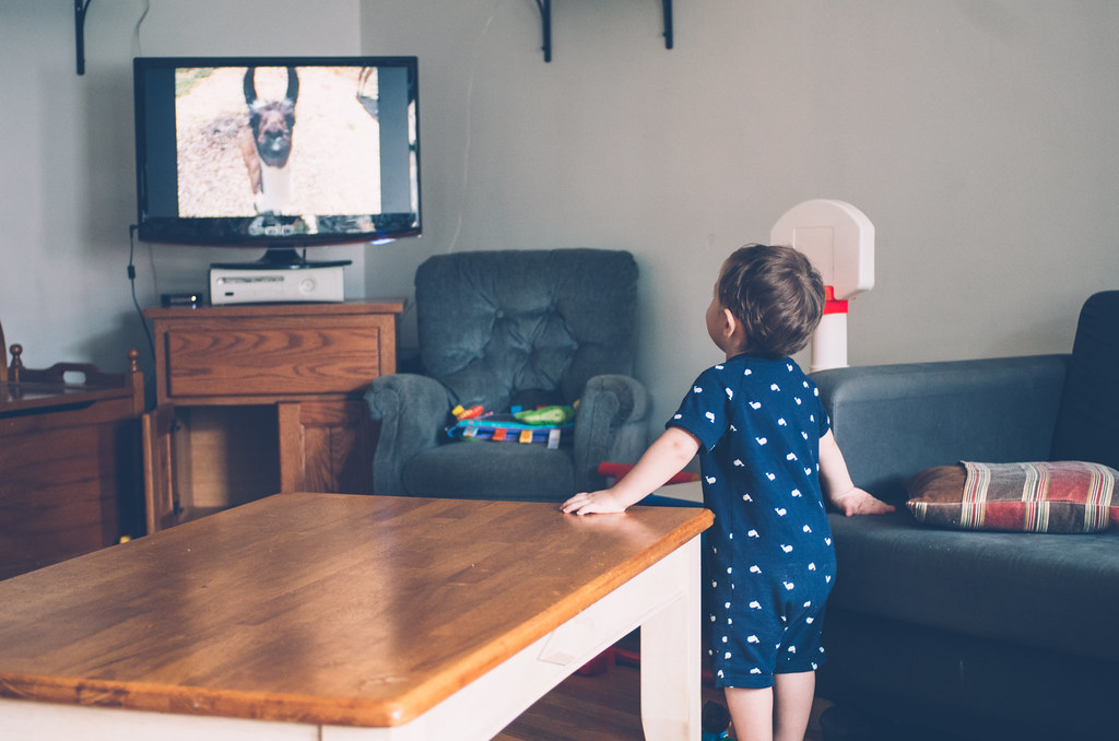 Babies and TV Exposure – Good or Bad?